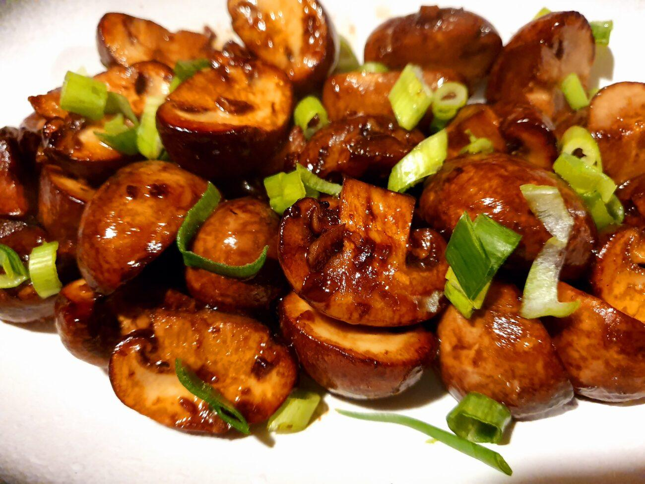 Roast Balsamic Mushrooms